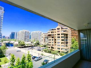 Parque Arauco 405 Next to Mall Parque Arauco Free Parking Free Wifi A/C 2B 2B, Santiago