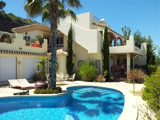 La Manga Club - Luxury Villa with Private Pool, Los Belones