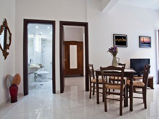 Apartment Konstantina-Central Athens Apartment 1 Bed Sleeps 4