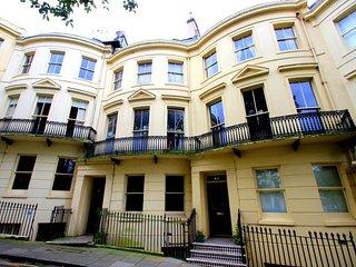 Celebrity Apartments Brighton, Powis Square