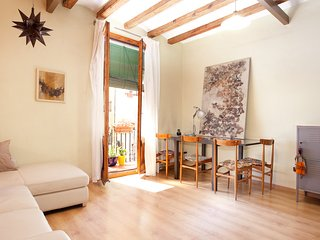 Authentic flat in Poble Sec - Paralelo, Barcelona