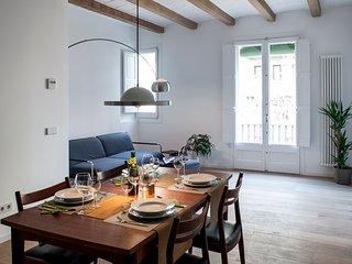 Modern flat in San Antoni close to Pl. Universidad
