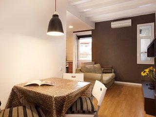 Authentic flat2 in Poble sec - Paralelo, Barcelona