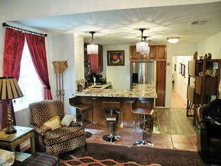 New Listing, Beautiful Condo on Saint Charles Ave., New Orleans