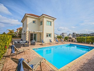 Nefeli 3 bed villa in Protaras center with private pool