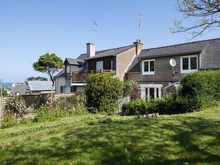 French Brittany / Saint Lunaire / Seaside House, Saint-Lunaire