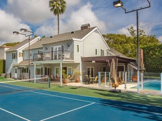 #116 5 Bed Rodeo Dr Estate Tennis Court & Pool, Beverly Hills