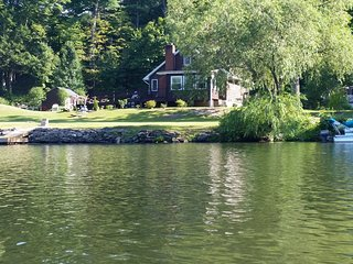 Water Front Home in Hudson Valley near Woodstock, Kingston and Saugerties, Lake Katrine
