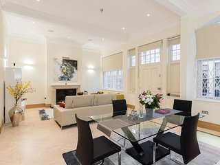 Stunning Luxury 3 bed 3.5 bath house in Knightsbridge, Central London, Zone 1