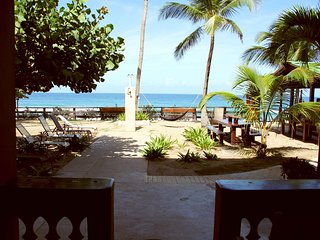Beachfront on Sandy Beach- Pelican Point Apt A, Rincón