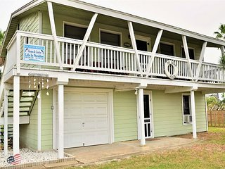 611 6th; Great House for Fishermen or Family Gathering Sleeps 8, Port Aransas