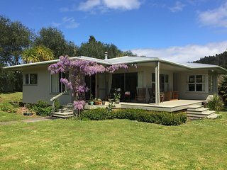 Riverside Beach Retreat, Whangamata