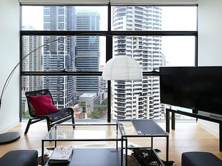 Business Class Living in the heart of Sydney CBD