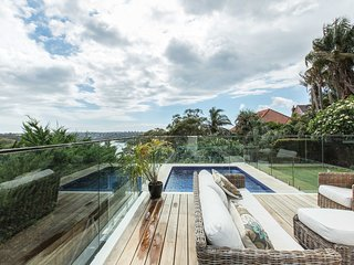 Impressive Sydney home with pool and fabulous view
