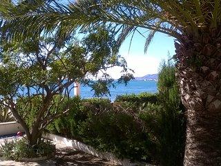 las Marinadas .. casa primero linea Mar ..  en Montroig Bahia