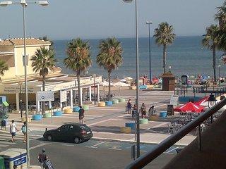 primera linea de playa, 50 mts del mar.