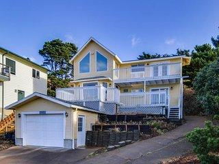 Spacious, modern home with ocean views - walking distance to beach