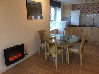 Best Location 2 Bedroom Apartment in Manchester