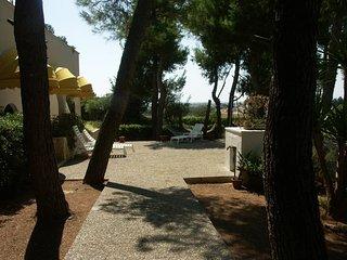 Villa in Pineta con terrazza vista mare, 1,5 Km dal mare a Porto Cesareo