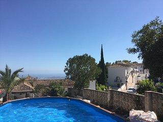 apartamento en Pueblo blanco típico Andaluz