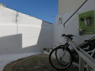 Casa Maria, Almadena