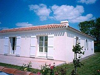 VILLA DE VACANCES BORD DE MER, holiday rental in Chateau-d'Olonne