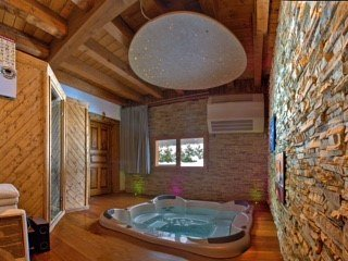 Chalet Gian Piere, Les Bossons, Chamonix (sleeps 10)