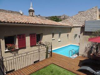 Eden Roque, maison d'hôtes avec piscine & spa entre Lourmarin et Aix en Provence, La Roque-d'Antheron