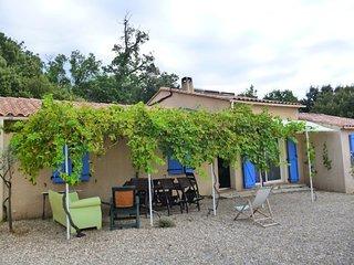 Maison à Régusse à 20 mn des Gorges du Verdon/ 6 personnes, Aups