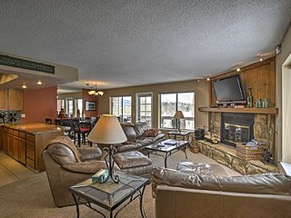 NEW! 2BR Silverthorne Condo - Minutes from Skiing!