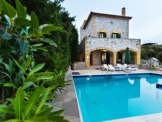 Luxury Villa Sofia in Stoupa, Private Pool, BBQ and amazing, panoramic sea view