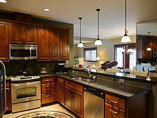 RiverStone Penthouse - CDA Property Code 52177-