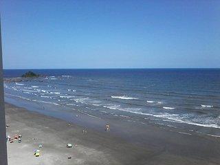 Apto (kitchenete/flat) - Praia do Sonho Itanhaem - Frente da praia