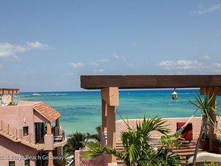 Rooftop Penthouse, Best Views in Playa, 3 Bdrms, Infinity Pool, Right off 5th Av, Playa del Carmen