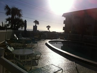 Beach Side Condo, Ormond Beach
