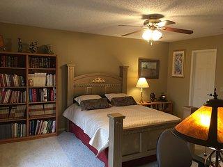 Sam's Mansion Bentonville, AR 2-Bedroom Suite $245