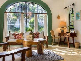 Villa El Nido-Fabulous Vintage Mexican Style Casit, Cuernavaca
