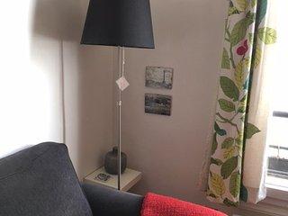 Lovely Paris Apartment: Sleeps 4, Central, Calm, Parijs