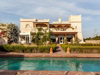 Superb villa with pool in Essaouira, Ghazoua