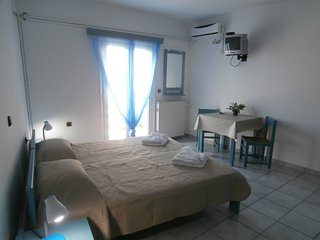 Room 50m from the sea - Sea View!!, Rethymnon