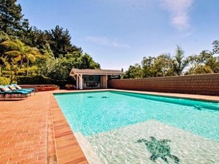 Idyllic Country Estate Minutes Away From Santa Cruz and the Beach