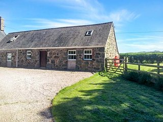 THE BARN, rural location, countryside views, woodburner, large garden