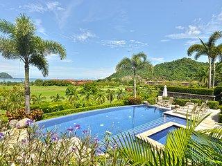 Spectacular Villa Tranquila at Los Suenos