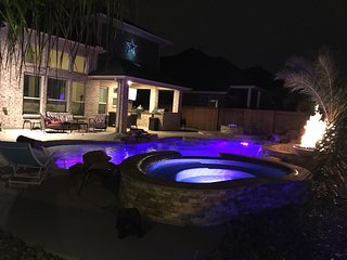 Super Bowl luxury rental with Heated Resort Style Pool, Kemah