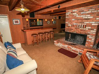 ~Olympic Retreat~Ready For Fun~Game Table~Wet Bar~