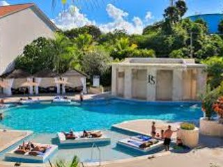 VIP LUXURY ALL-INCLUSIVE VILLAS 6 BEDROOMS W PRIVATE POOLS - SPECIAL!
