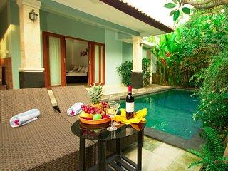 Bellissima 3-bedroom Villa near Berawa Beach, Canggu