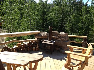 Sit and enjoy a bevy, listen to the creek and enjoy the view on the large outside deck while you BBQ