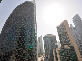 In the Heart of DIFC - 2Bed+Maidsroom Apt Pool & Gym Access