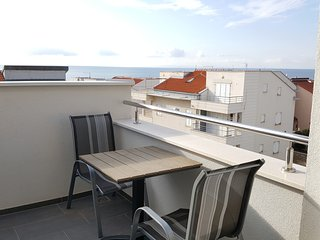 Studio apartment for 2, with sea view A10, Novalja